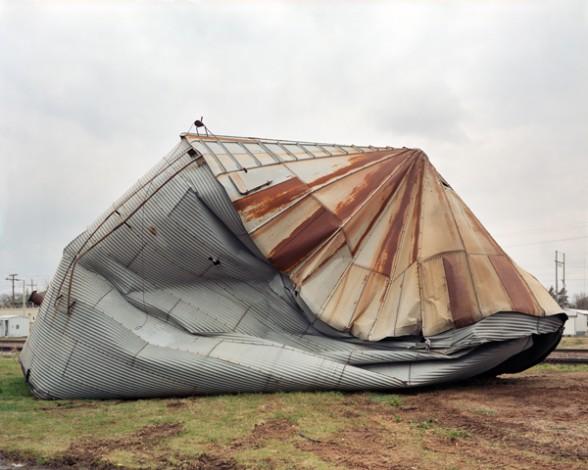Richard Renaldi, Smashed Silo, Electra, Texas, 2005