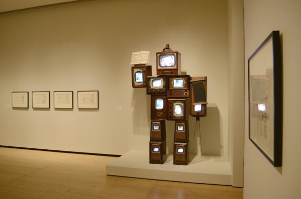 Television robot sculpture