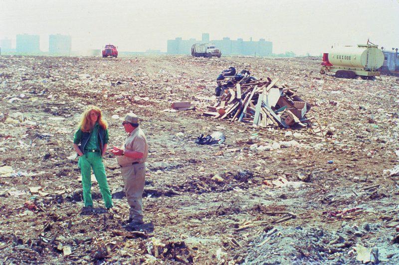 Mierle Laderman Ukeles, Touch Sanitation Performance, 1979-1980. Citywide performance with 8,500 Sanitation workers across all fifty-nine New York City Sanitation districts. Courtesy of Ronald Feldman Fine Arts, photo: Marcia Bricker.