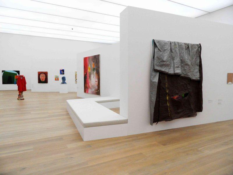 """Painting 2.0"" at Museum Brandhorst, works by Isa Genzken, Maria Lassnig, David Hammons, image http://www.kunst-tour.de/blog"