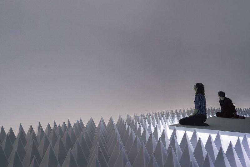 Installation View: Doug Wheeler: PSAD Synthetic Desert III, Solomon R. Guggenheim Museum, New York, March 24–August 2, 2017 Photo: David Heald © Solomon R. Guggenheim Foundation, 2017